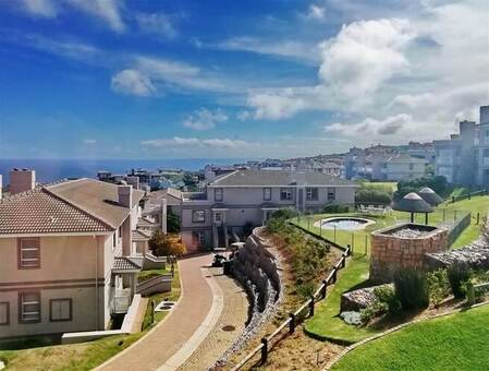2 Bed House in Pinnacle Point Golf Estate