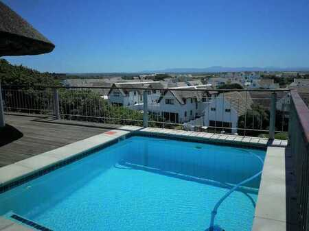 Holiday Accommodation @R7100 p.n - St Francis Bay