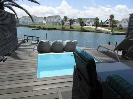 Holiday Accommodation - St Francis Canals