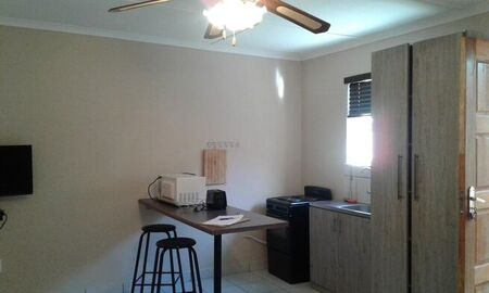 1 Bedroom Apartment / Flat To Rent in Utility