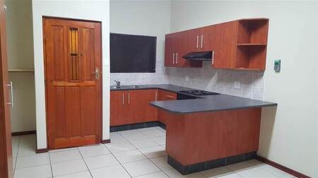 2 Bed Townhouse in Campher Park