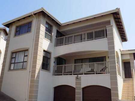 Awesome sea and river views from this lovely Townhouse !!!