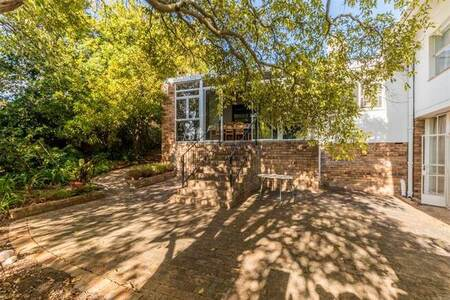 4 Bed House in Uniepark