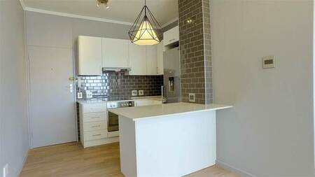 Bachelor apartment in Oranjezicht