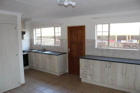 2 Bed Flat in Lydenburg