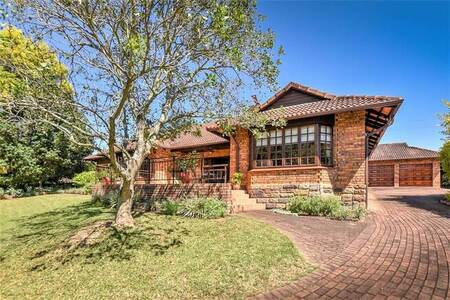 4 Bed House in White River Country Estate