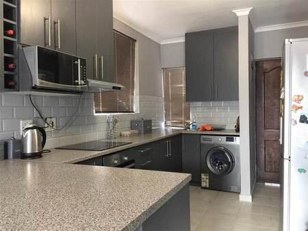 2 Bed Apartment in Richwood