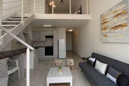 2 Bed Apartment in Fish Hoek