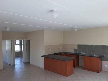 2 Bed Apartment in Cloetesville