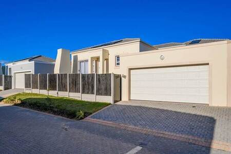 3 Bed Townhouse in Westbrook