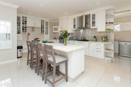 3 Bed Townhouse in Lovemore Heights