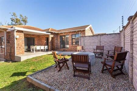 3 Bed Townhouse in Brentwood Park