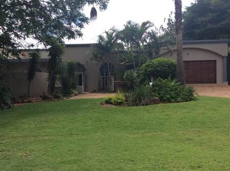 6 Bed House in Barberton