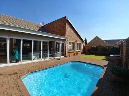 3 Bed Townhouse in Sharon Park