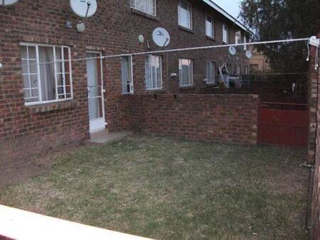 2 Bed Apartment in Lydenburg