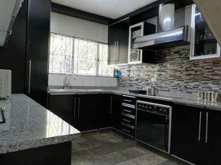 3 Bed Apartment in Isipingo Beach