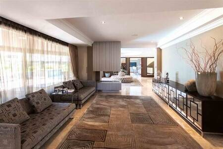 5 Bed House in Ebotse Estate