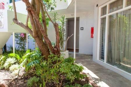 Studio Apartment in Gardens