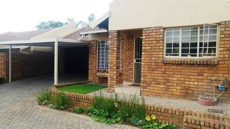 2 Bed Townhouse in Amberfield