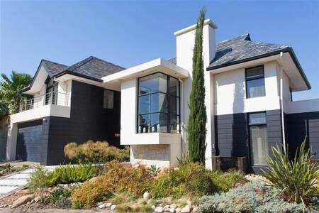 2 Bed House in Pearl Valley