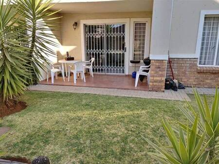 2 Bed Townhouse in Nortons Home Estate