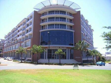1 Bed Apartment in Umhlanga Ridge New Town Centre