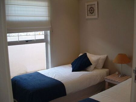 2 Bedroom Apartment / Flat For Sale in Camps Bay