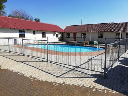 1 Bed Townhouse in Rynfield