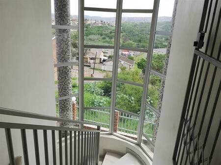 2 Bed Apartment in New Dawn Park