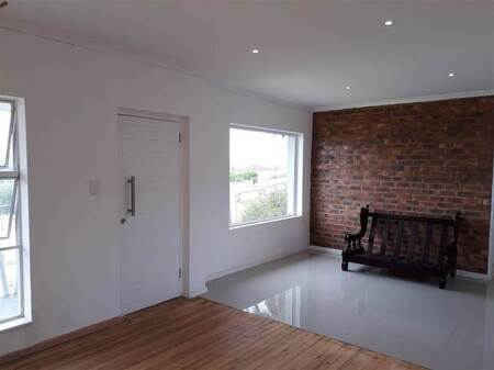 3 Bed House in Despatch