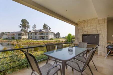 3 Bed Apartment in Pearl Valley