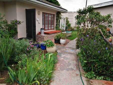 Popular Newton park - 2 Dwellings - R2,5 mil