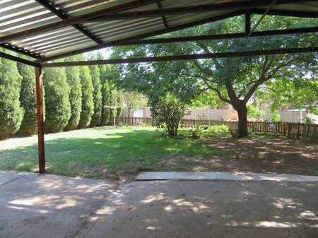 2 Bed House in Mnandi AH