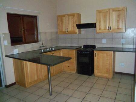 2 Bed Apartment in White River Central