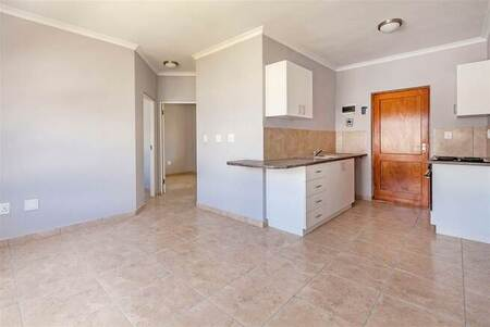 2 Bed Apartment in Onverwacht