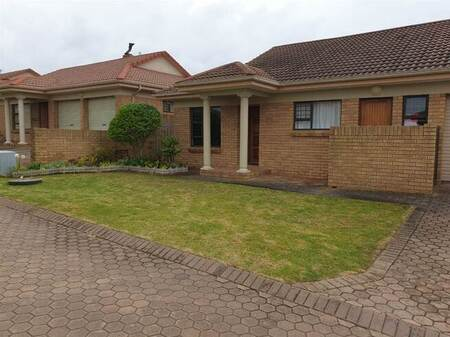 3 Bed House in Blombosch