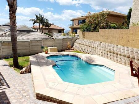 3 Bed House in Menkenkop