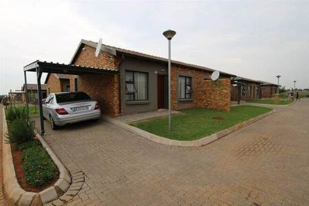 2 Bed House in Crystal Park