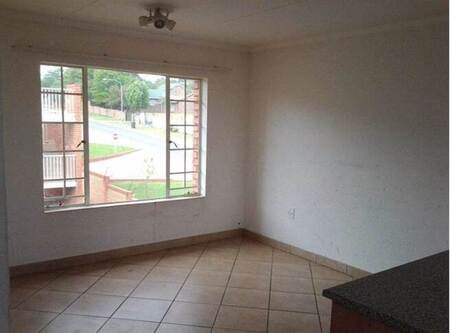 Beautiful One Bedroom Apartment, One full bathroom, one carport unit for rent