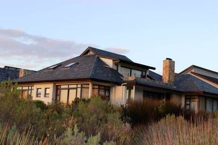 5 Bed House in Arabella Country Estate
