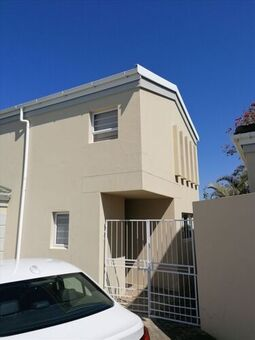 House Rental Monthly in Beacon Bay