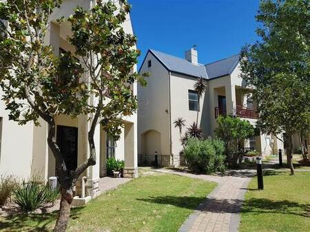 1 Bed Apartment in Stellenbosch Agricultural