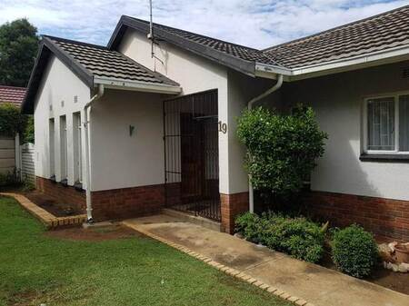 3 Bed House in Crystal Park