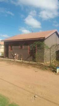2 Bed House in Daveyton