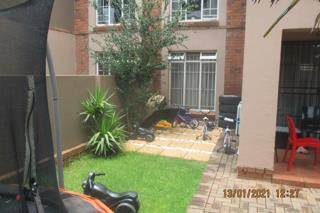 2 Bed Townhouse in Benoni North