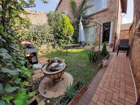2 Bed House in Amberfield