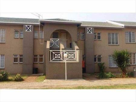 2 Bed Townhouse in Norkem Park