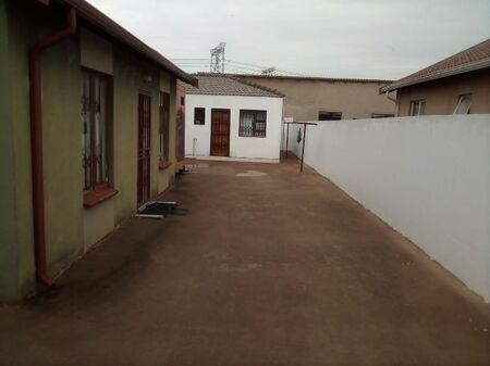 Rooms available for rental at Protea Glen ext 31