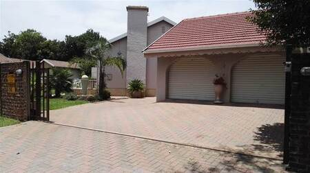 4 Bed House in Farrarmere