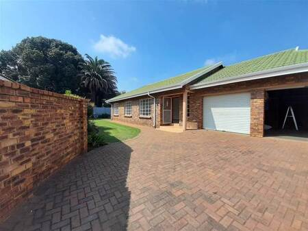 2 Bed Townhouse in Golf Park